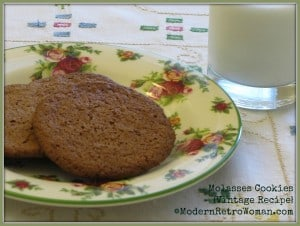 Molasses Cookies {Vintage Recipe}